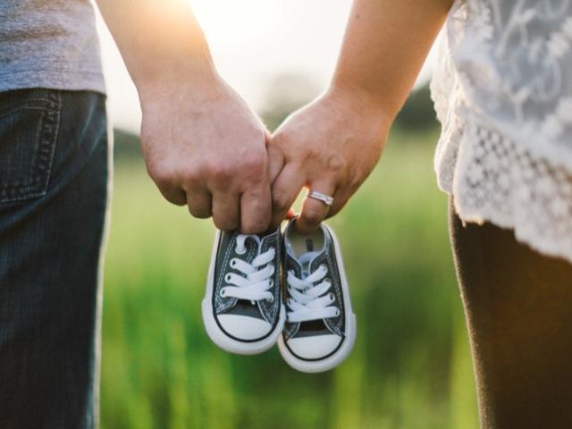 Hypnose et Grossesse : Trouver la paix pour envisager une grossesse sereine.