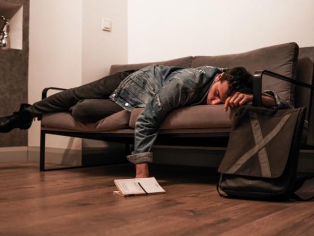 Hypnose et sommeil : Ressentir les signaux du sommeil grâce à l'hypnose